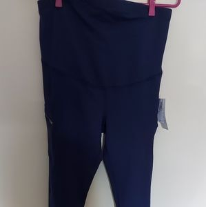 💰Maternity Old Navy active pants size M